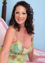 Horny older cougar Margo Sullivan toying her wet pussy. in Karupsow | Elite Mature