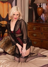 Seductive MILF Anna Joy in black stockings. in Karupsow | Elite Mature