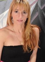 Tall MILF Samantha Gene poses seductively naked. in Karupsow | Elite Mature