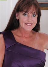 Horny older babe Cynthia Davis peels off purple dress. in Karupsow | Elite Mature
