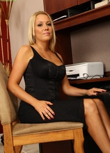 Leggy MILF Tara Star peels off her long black dress.