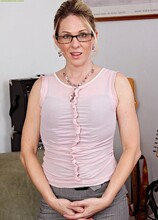 Sexy MILF Angela Attison strips naked after work. in Karupsow | Elite Mature