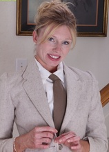 Seductive MILF Holly Jones off her work clothes. in Karupsow | Elite Mature