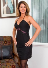 Mature wife Niki May naked in stockings as she enjoys wine. in Karupsow | Elite Mature