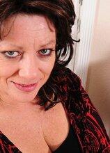 Thick mature wife Cheryll Stone licks her big tits. in Karupsow | Elite Mature