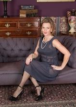 Cougar Huntingdon Smyth naked in stockings. in Karupsow | Elite Mature
