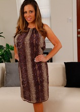 Busty Latina housewife Sienna Lopez masturbating. in Karupsow | Elite Mature