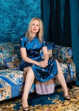 Older blonde babe Emma Turner spreads her shaved twat. in Karupsow | Elite Mature