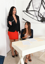 Mature Pictures Featuring 48 Year Old Mindi Mink & Ella Knox From AllOver30