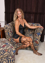 Mature Pictures Featuring 51 Year Old Layla Wolf From AllOver30