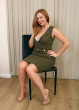Mature Pictures Featuring 37 Year Old Anna Joy From AllOver30
