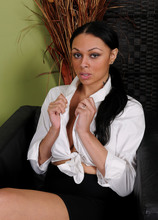 Mature Pictures Featuring 30 Year Old Bethany Benz From AllOver30