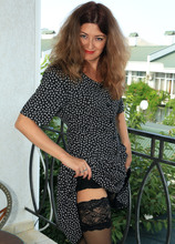 Mature Pictures Featuring 42 Year Old Helen Volga From AllOver30