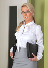Mature Pictures Featuring 32 Year Old Luci Angel From AllOver30