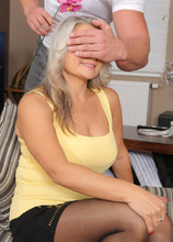 Mature Pictures Featuring 42 Year Old Zaira Connor From AllOver30