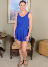 Mature Pictures Featuring 44 Year Old Kali Karinena From AllOver30
