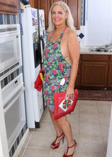 Mature Pictures Featuring 58 Year Old Judy Mayflower From AllOver30