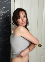 Mature Pictures Featuring 41 Year Old Celeste Carpenter From AllOver30