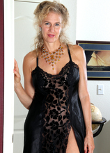 Mature Pictures Featuring 54 Year Old Sabrina P From AllOver30