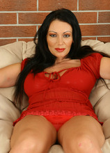 AllOver30.com - Introducing 38 year old Sandra