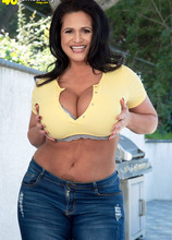 Kailani Kai's tits in tight tops show - Kailani Kai (81 Photos) - 40 Something