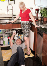 Kimber, the plumber and her cuckold hubby - Kimber Phoenix, Tony Rubino, and William Phoenix (49 Photos) - 40 Something