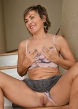 Lillian Tesh