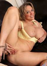 Anilos - After The Party featuring Dee Williams. (Photos)