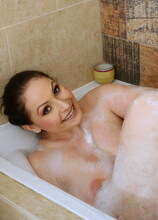 Hot big breasted MILF playing with herself in bath