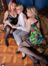 Three lesbian housewives go all the way on the couch