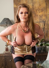 Busty mature babe Holly Kiss naked in black stockings. in Karupsow | Elite Mature