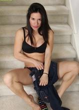 Big breasted Latin MILF Isabella Rodriguez butt naked.