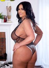 Kailani Kai returns...with bigger tits! - Kailani Kai (91 Photos) - 40 Something