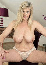 Marina's ass, pussy and jewelry show