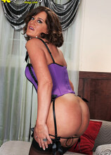 How Much Hornier Can Ruby Get? - Ruby Thompson (33 Photos) - 40 Something